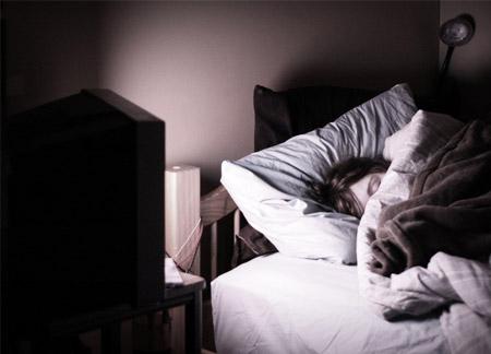 Dormir con la tele